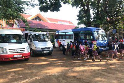 Học sinh khối 5 trường Nguyễn Văn Trỗi đi tham quan dã ngoại